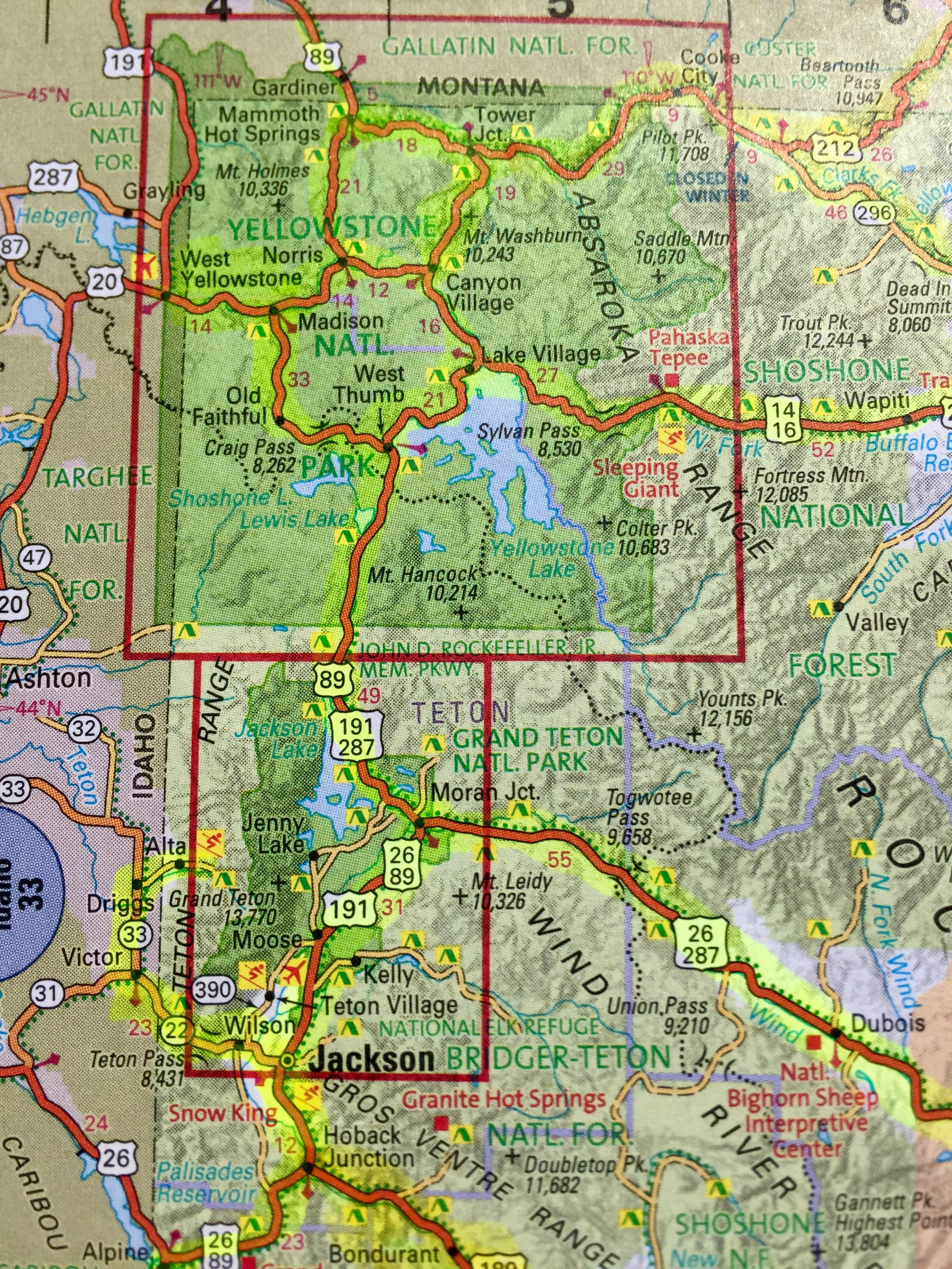 atlas view map of Jackson Hole and Yellowstone area